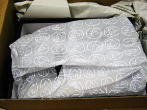 IMG 0360 300x225 - YOOX(ユークス/ヨークス)から商品到着!海外通販だけど返品も簡単に送料も安い。
