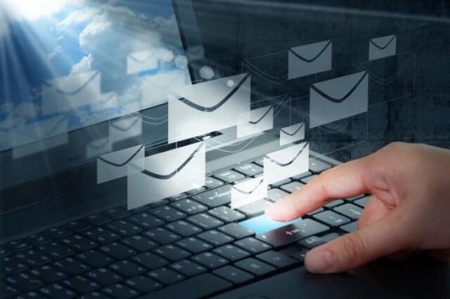 海外通販 Macy's(メイシーズ)英語メール 商品購入したらメールが届いた その内容とは?英文例と翻訳