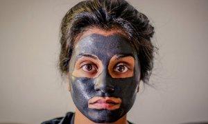 clay image02 300x180 - 【黒ずみ対策】クレイパックでお肌の黒ずみにさようなら!泥パックおすすめ人気ランキング10選!